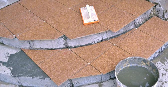Укладка тротуарной плитки на крыльцо