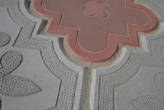 Заполнение швов тротуарной плитки гарцовкой