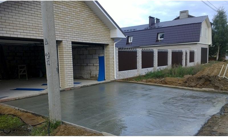 Заливка и укладка бетона в металлическую опалубку