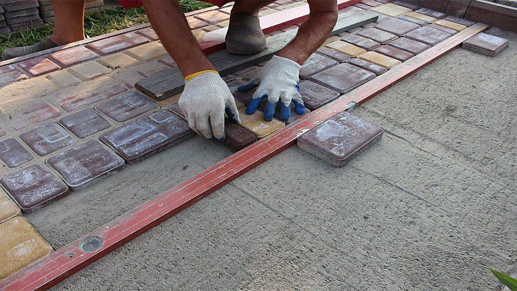 Укладка брусчатки на бетон