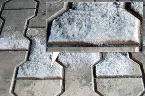солевые отложения на тротуарной плитке
