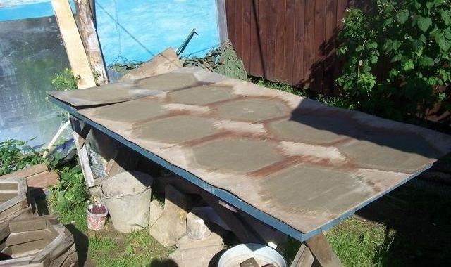 шаг 7, изготовление тротуарной плитки