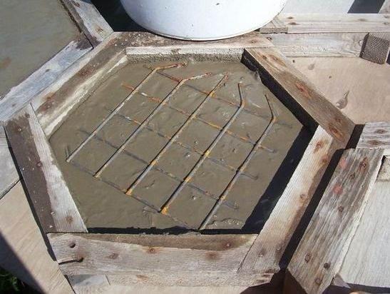 шаг 8 изготовление тротуарной плитки